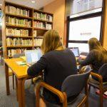 Consulta totes les novetats del març a la Biblioteca Marià Vayreda