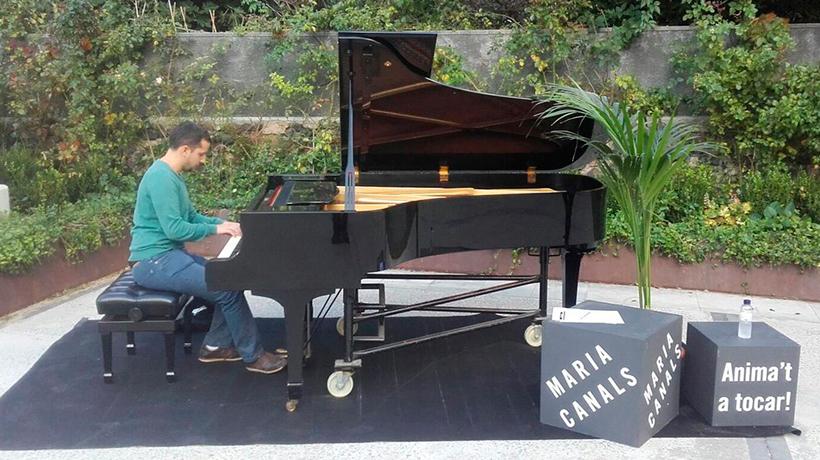 Piano al carrer