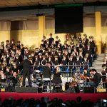 Mig miler de nenes i nens d'Olot i la Garrotxa canten junts al Cantània