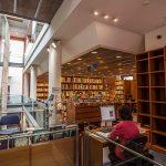 Les últimes novetats literàries de l'estiu, a la Biblioteca Marià Vayreda