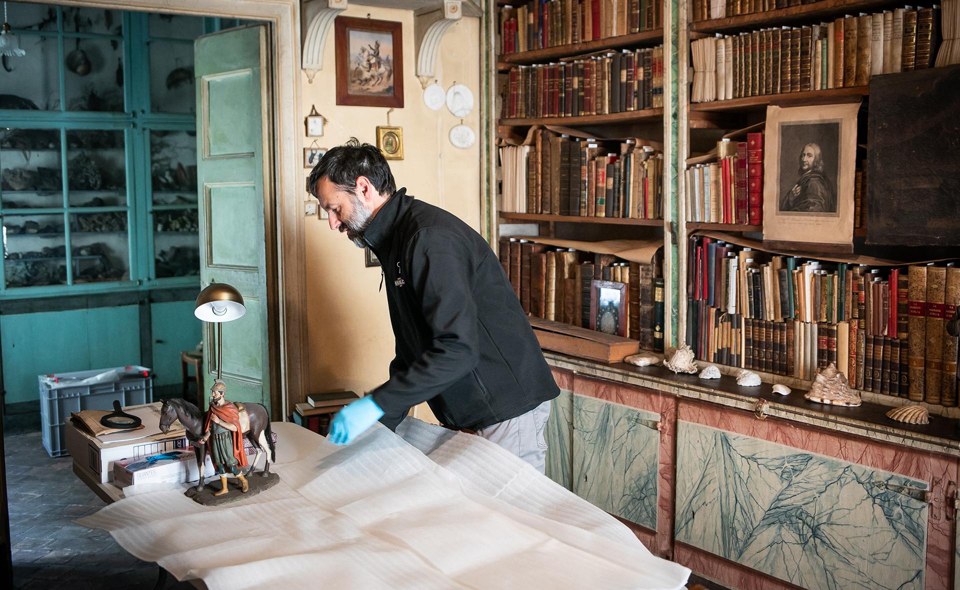 La família De Bolós cedeix la col·lecció Ramon Amadeu de Can Bolós als Museus d'Olot