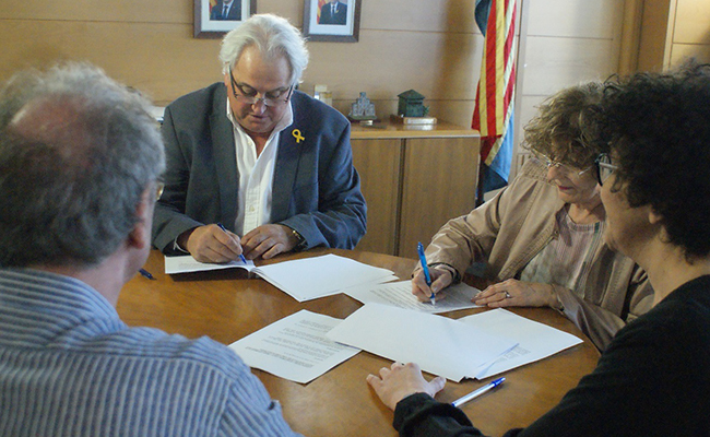 Donació del fons Jordi Pujiula Ribera a l'Ajuntament d'Olot.