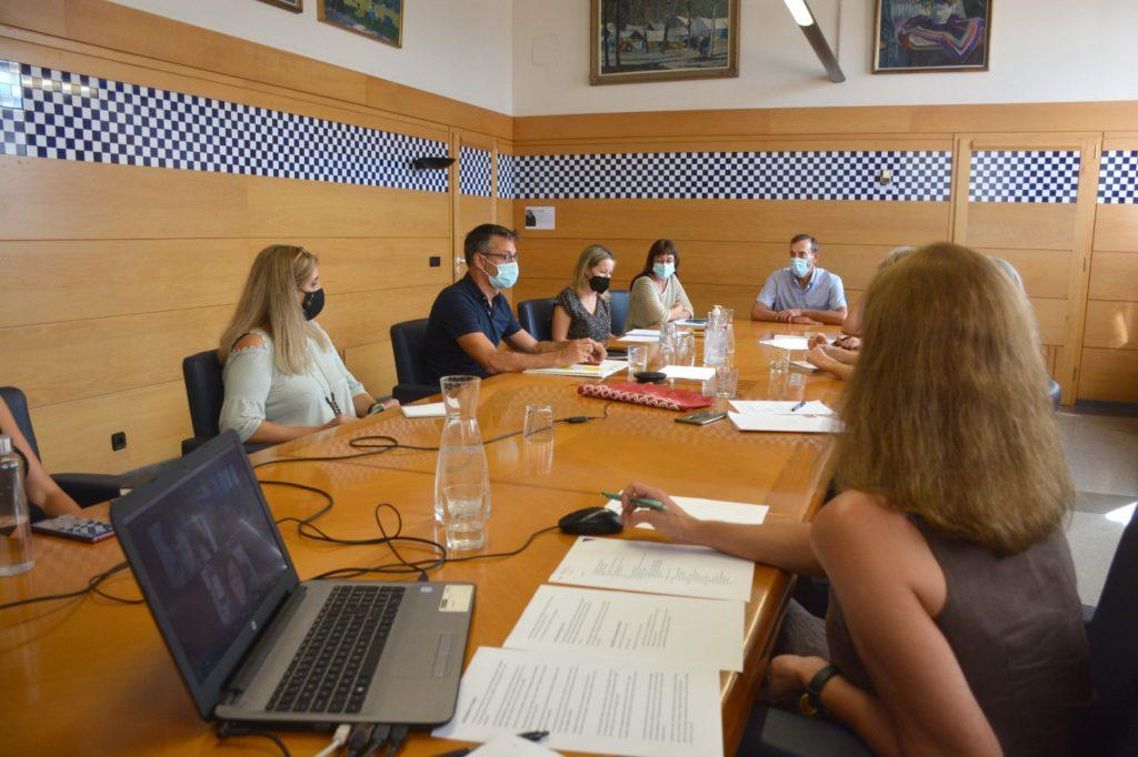 Primera reunió del pla funcional de la nova biblioteca.